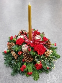 Traditional Christmas Table Centre